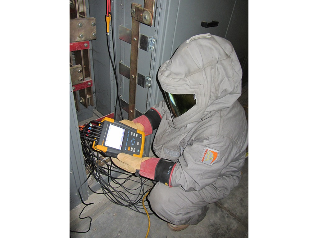wichita electrician troubleshooting voltage for a business