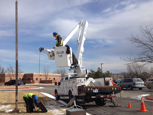 Electrical Bucket Truck for Tall Commercial Projects
